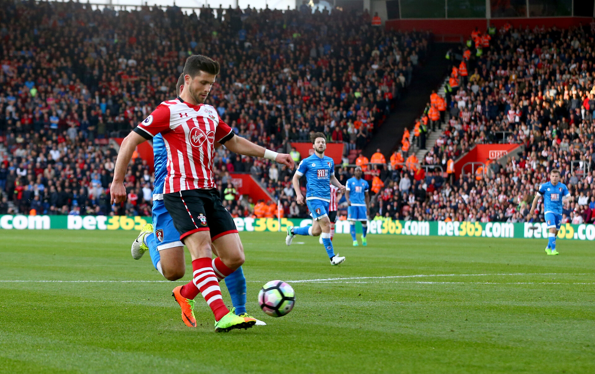Shane Long during the Premier League match between Bournemouth and Southampton at Vitality Stadium, Bournemouth, England on 18 December 2016. Photo by Matt Watson/SFC/Digital South.