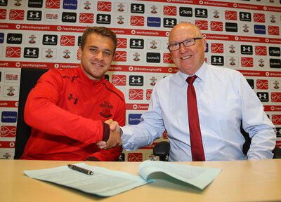 Seager pens new deal and heads to MK Dons on loan