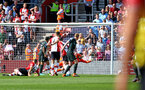 SOUTHAMPTON, ENGLAND - MAY 13: Manchester city shoot wide against Alex McCarthy of Southampton FC  during the Premier League match between Southampton and Manchester City at St Mary's Stadium on May 13, 2018 in Southampton, England. (Photo by James Bridle - Southampton FC/Southampton FC via Getty Images)