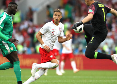 Bednarek's Poland beaten by Senegal