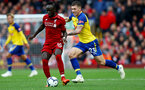 LIVERPOOL, ENGLAND - SEPTEMBER 22: Pierre-Emile Hojbjerg(R) of Southampton chases down Sadio Mane(L) of Liverpool during the Premier League match between Liverpool FC and Southampton FC at Anfield on September 22, 2018 in Liverpool, United Kingdom. (Photo by Matt Watson/Southampton FC via Getty Images)