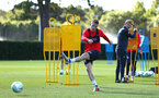 SOUTHAMPTON, ENGLAND - OCTOBER 01: Steven Davis (middle) during a Southampton FC training session at Staplewood Complex on October 1, 2018 in Southampton, England. (Photo by James Bridle - Southampton FC/Southampton FC via Getty Images)