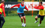 SOUTHAMPTON, ENGLAND - OCTOBER 15: Oriol Romeu(L) and Manolo Gabbiadini during a Southampton FC training session at the Staplewood Campus, on October 15, 2018 in Southampton, England. (Photo by Matt Watson/Southampton FC via Getty Images)