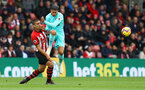 SOUTHAMPTON, ENGLAND - OCTOBER 27: Oriol Romeu(L) of Southampton and Ayoze Perez of Newcastle during the Premier League match between Southampton FC and Newcastle United at St Mary's Stadium on October 27, 2018 in Southampton, United Kingdom. (Photo by Matt Watson/Southampton FC via Getty Images)