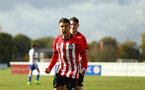 READING, ENGLAND - NOVEMBER 03: during the under 18s Premier league match between Reading FC and Southampton FC, 2018 in Reading, England. (Photo by James Bridle - Southampton FC/Southampton FC via Getty Images)