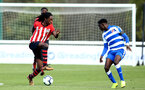 READING, ENGLAND - NOVEMBER 03: Taymar Fleary (left) during the under 18s Premier league match between Reading FC and Southampton FC, 2018 in Reading, England. (Photo by James Bridle - Southampton FC/Southampton FC via Getty Images)