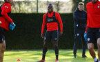 SOUTHAMPTON, ENGLAND - NOVEMBER 26: Michael Obafemi (middle) during a first team training session at Staplewood Complex on November 26, 2018 in Southampton, England. (Photo by James Bridle - Southampton FC/Southampton FC via Getty Images)