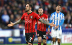 HUDDERSFIELD, ENGLAND - DECEMBER 22:  Danny Ings of Southampton celebrates after scoring from the penalty spot to put his team 2-0 up during the Premier League match between Huddersfield Town and Southampton FC at John Smith's Stadium on December 22, 2018 in Huddersfield, United Kingdom. (Photo by Matt Watson/Southampton FC via Getty Images)