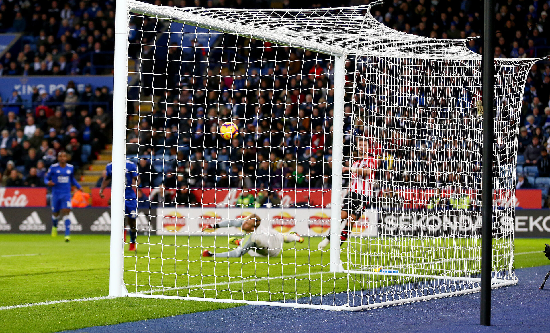 LEICESTER, ENGLAND - JANUARY 12: Shane Long of Southampton scores during the Premier League match between Leicester City and Southampton FC at The King Power Stadium on January 12, 2019 in Leicester, United Kingdom. (Photo by Matt Watson/Southampton FC via Getty Images)