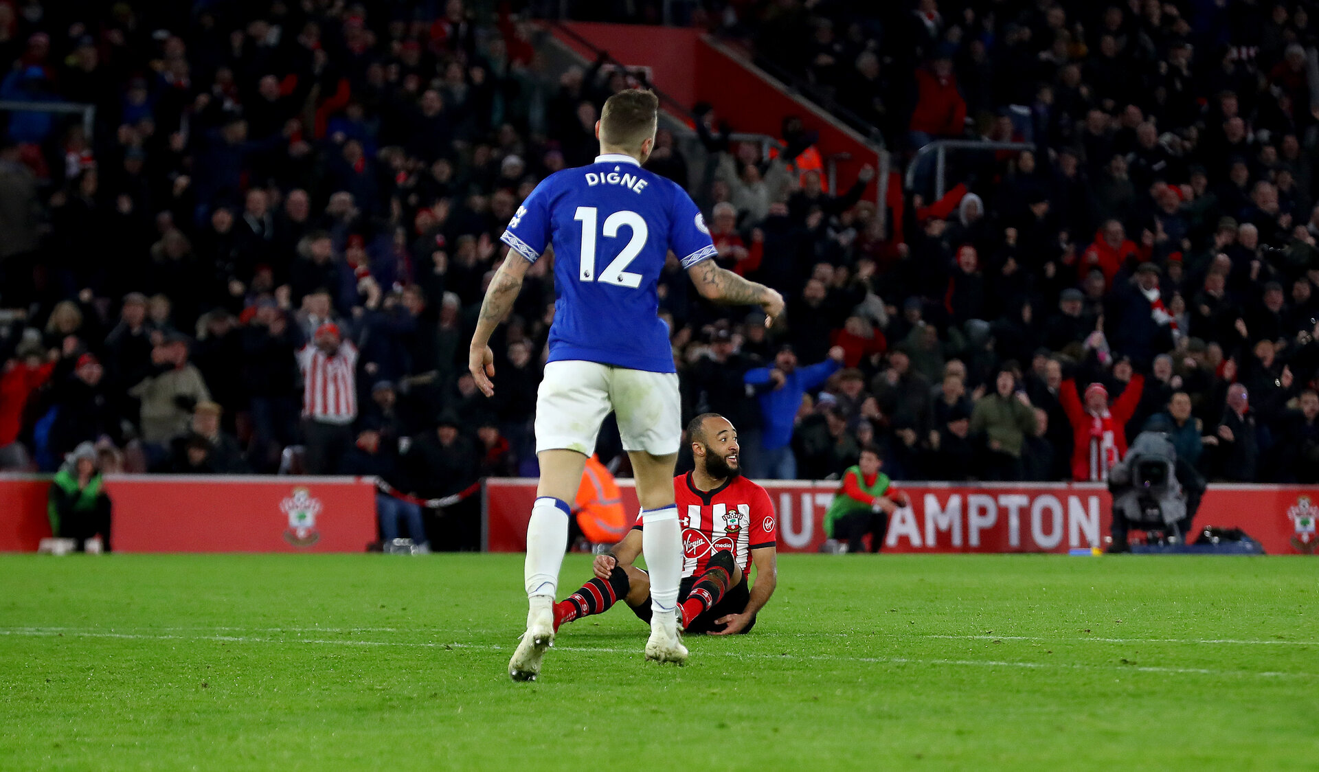 SOUTHAMPTON, ENGLAND - JANUARY 19: Nathan Redmond of Southampton looks on confused as the ball finds its way into the net for his teams second goal of the game during the Premier League match between Southampton FC and Everton FC at St Mary's Stadium on January 19, 2019 in Southampton, United Kingdom. (Photo by Matt Watson/Southampton FC via Getty Images)