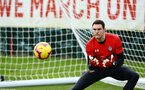 SOUTHAMPTON, ENGLAND - FEBRUARY 06: Alex McCarthy makes a save during a Southampton FC training session at Staplewood Complex on February 06, 2019 in Southampton, England. (Photo by James Bridle - Southampton FC/Southampton FC via Getty Images)