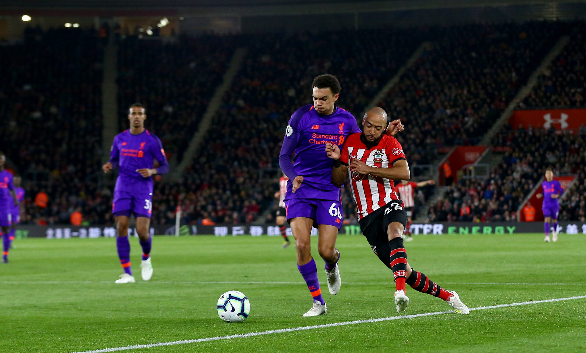 SOUTHAMPTON, ENGLAND - APRIL 05: Nathan Redmond(R) of Southampton and Trent Alexander-Arnold of Liverpool during the Premier League match between Southampton FC and Liverpool FC at St Mary's Stadium on April 6, 2019 in Southampton, United Kingdom. (Photo by Matt Watson/Southampton FC via Getty Images)