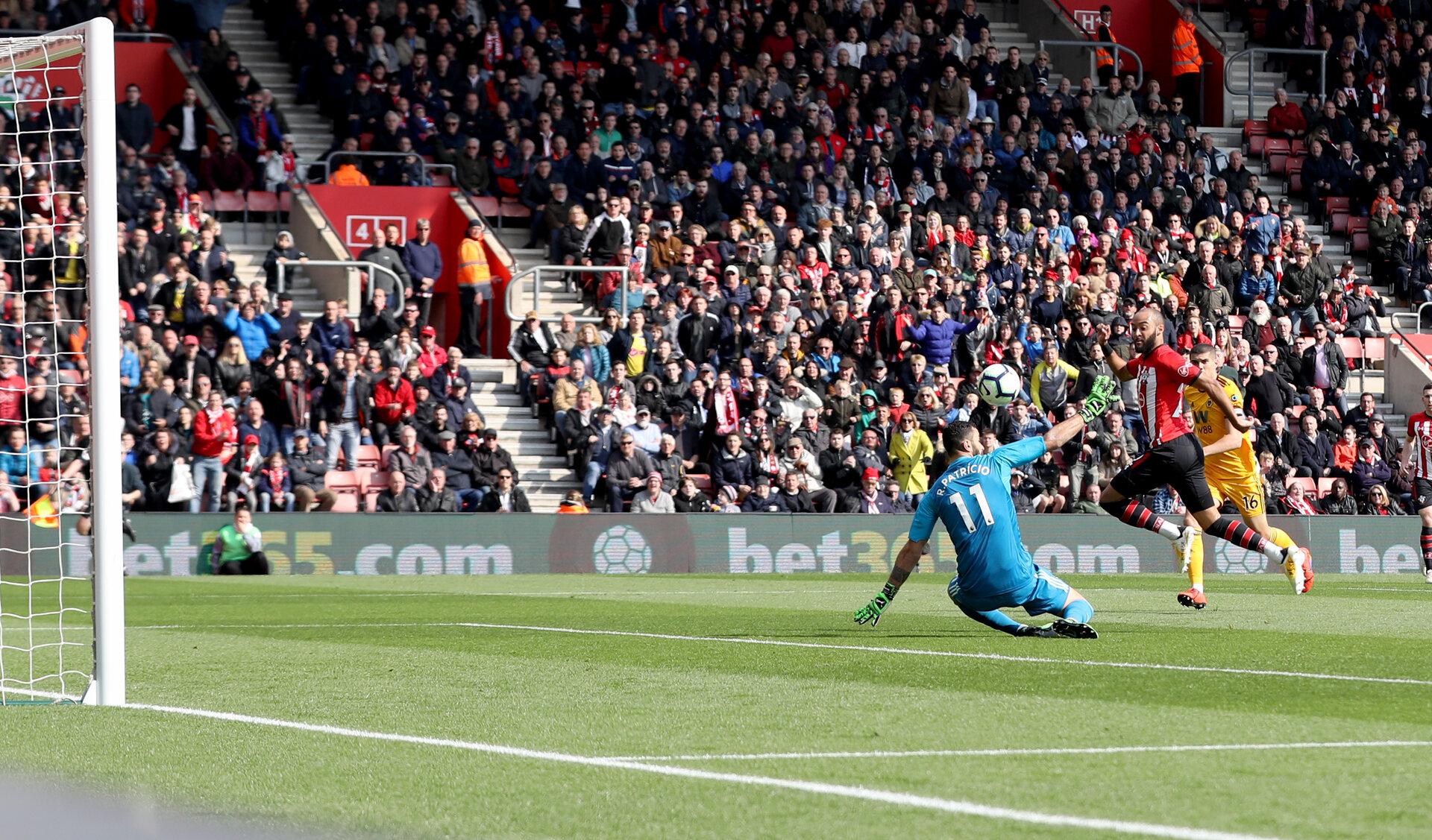 SOUTHAMPTON, ENGLAND - APRIL 13: Nathan Redmond of Southampton scores his second of the game to put his team 2-1 up during the Premier League match between Southampton FC and Wolverhampton Wanderers at St Mary's Stadium on April 13, 2019 in Southampton, United Kingdom. (Photo by Matt Watson/Southampton FC via Getty Images)