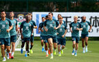SOUTHAMPTON, ENGLAND - JULY 31: Players warm up during a Southampton FC training session at the Staplewood Campus on July 31, 2019 in Southampton, England. (Photo by Matt Watson/Southampton FC via Getty Images)