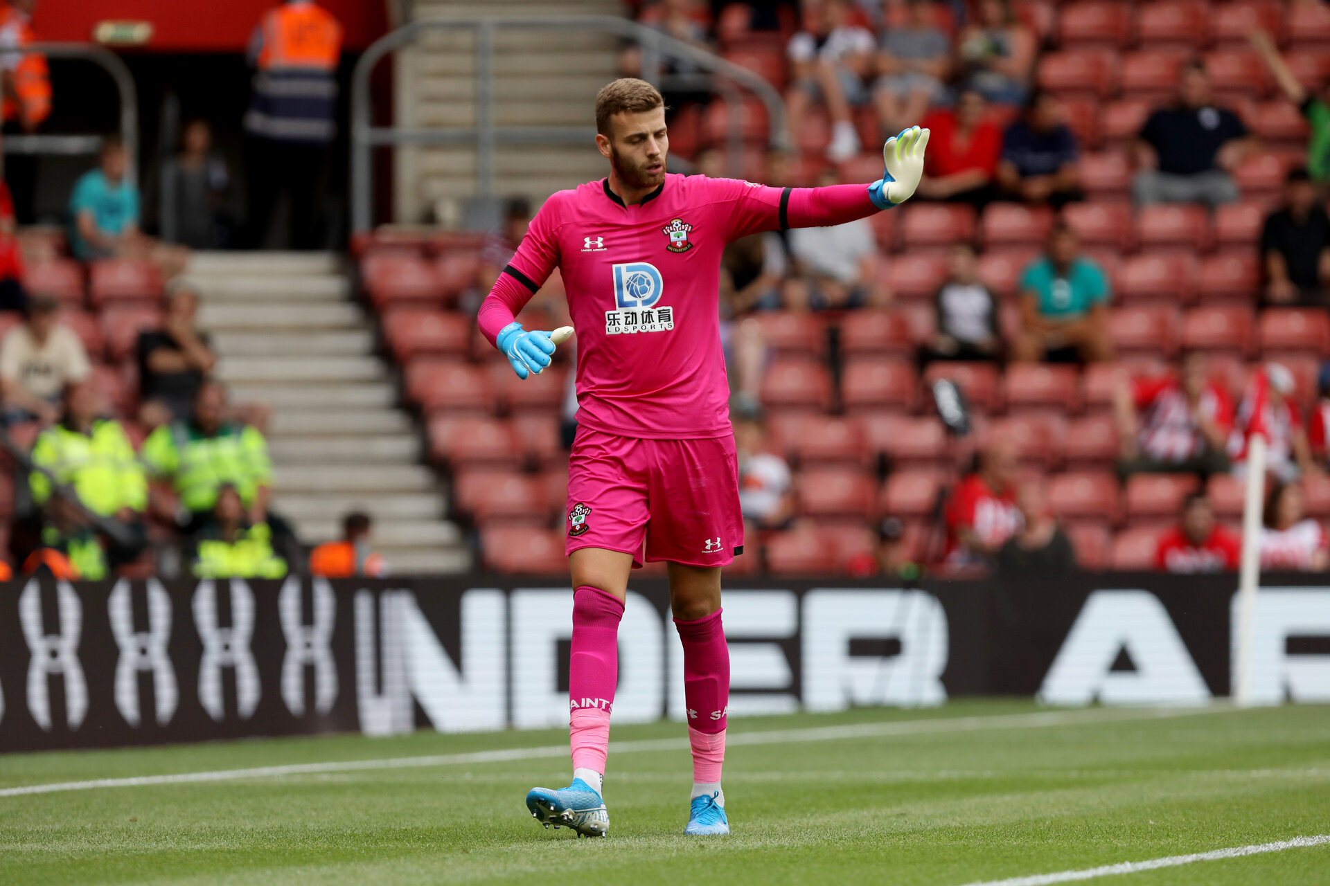 SOUTHAMPTON, ENGLAND - AUGUST 03: Angus Gunn during the Pre-Season Friendly match between Southampton FC and FC Köln at St. Mary's Stadium on August 3, 2019 in Southampton, England. (Photo by Chris Moorhouse/Southampton FC via Getty Images,)