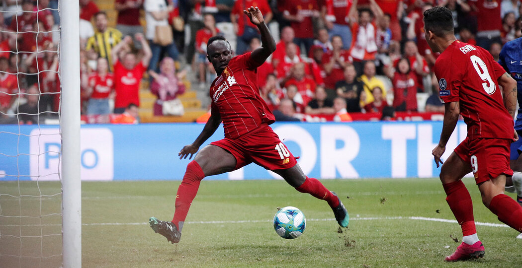Soccer Football - UEFA Super Cup - Liverpool v Chelsea - Vodafone Arena, Istanbul, Turkey - August 14, 2019  Liverpool's Sadio Mane scores their first goal   Action Images via Reuters/John Sibley