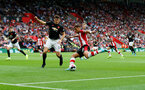 SOUTHAMPTON, ENGLAND - AUGUST 31: Harry Maguire(L) of Manchester United and Ché Adams(R) of Southampton during the Premier League match between Southampton FC and Manchester United at St Mary's Stadium on August 31, 2019 in Southampton, United Kingdom. (Photo by Matt Watson/Southampton FC via Getty Images)