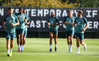 SOUTHAMPTON, ENGLAND - SEPTEMBER 19: Players warm up during a Southampton FC training session at the Staplewood Campus on September 19, 2019 in Southampton, England. (Photo by Matt Watson/Southampton FC via Getty Images)