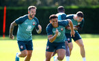 SOUTHAMPTON, ENGLAND - SEPTEMBER 19: Danny Ings(L) and Ché Adams during a Southampton FC training session at the Staplewood Campus on September 19, 2019 in Southampton, England. (Photo by Matt Watson/Southampton FC via Getty Images)