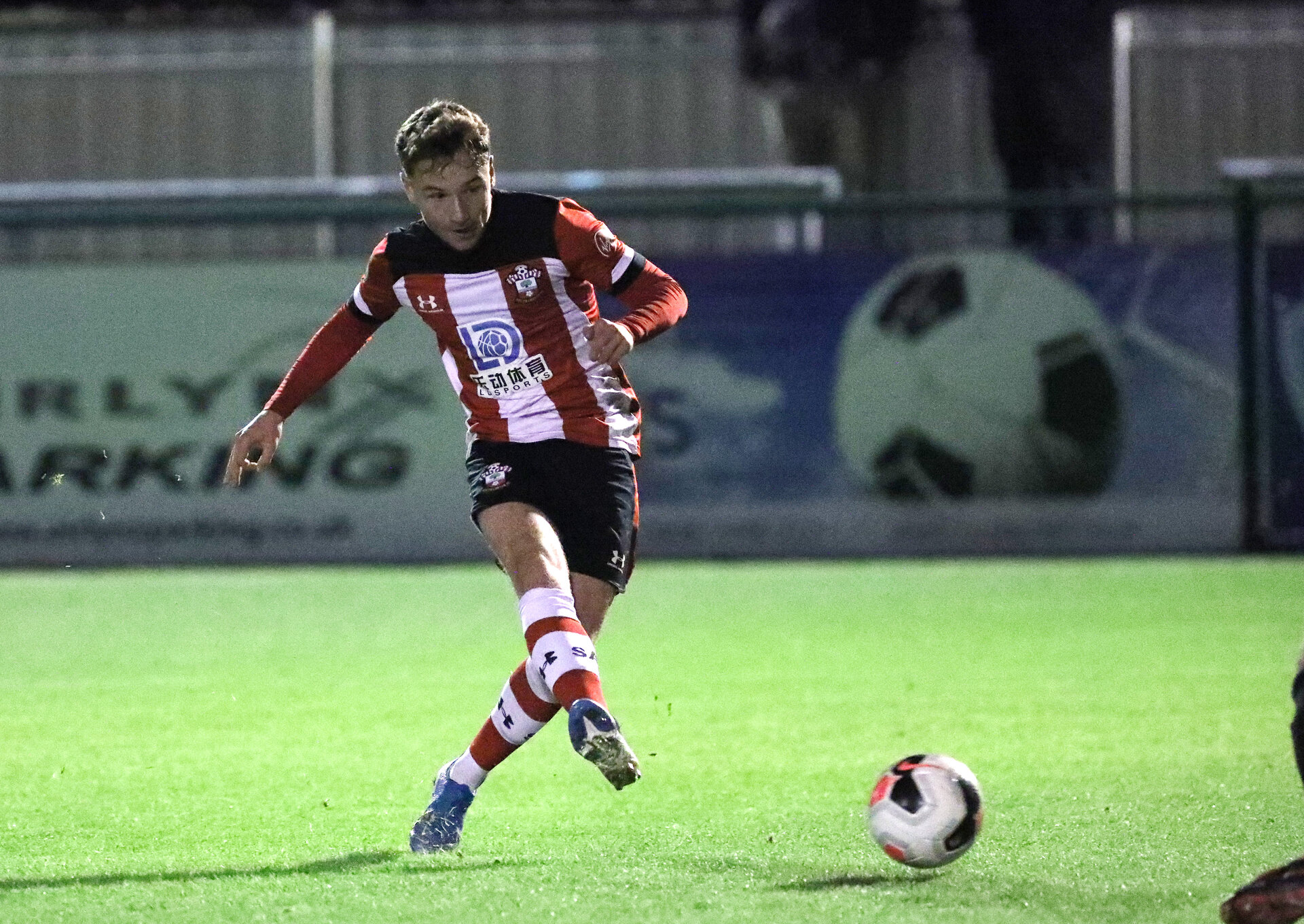 SOUTHAMPTON, ENGLAND - NOVEMBER 16: Callum Watts scores the third goal during the match between Southampton FC U23s and Royal Navy at Snows Stadium, Testwood, Totton on November 16, 2019 in the Hampshire Senior Cup at Southampton, United Kingdom. (Photo by Chris Moorhouse/Southampton FC via Getty Images)