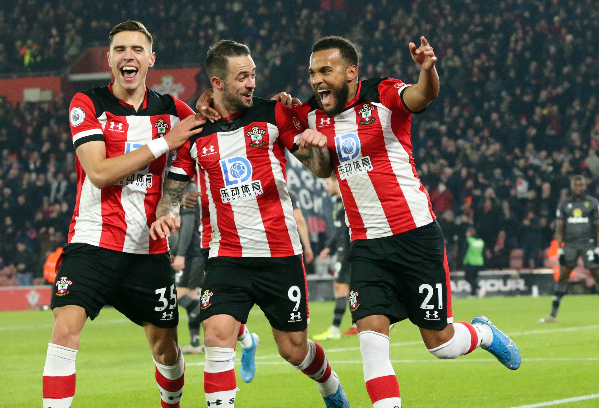 SOUTHAMPTON, ENGLAND - DECEMBER 4: yan Bertrand's goal celebration during the Premier League match between Southampton FC and with Norwich City FC at St Mary's Stadium on December 4, 2019 in Southampton, United Kingdom. (Photo by Chris Moorhouse/Southampton FC via Getty Images)