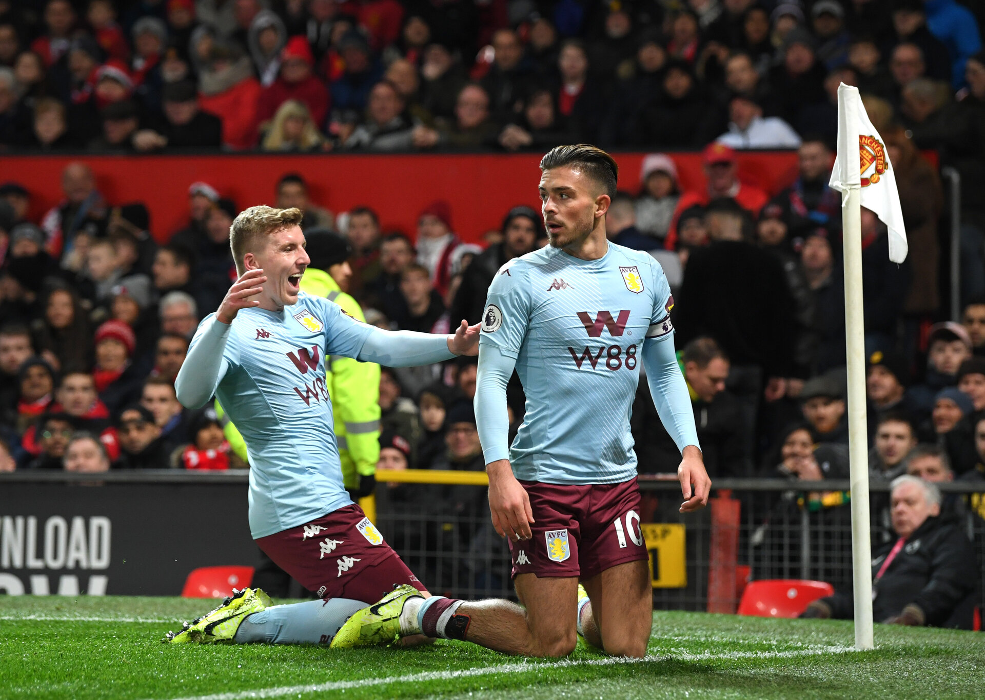 MANCHESTER, ENGLAND - DECEMBER 01: Jack Grealish of Aston Villa celebrates with his team after he scores his sides first goal during the Premier League match between Manchester United and Aston Villa at Old Trafford on December 01, 2019 in Manchester, United Kingdom. (Photo by Stu Forster/Getty Images)