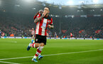 SOUTHAMPTON, ENGLAND - JANUARY 01: Danny Ings(L) of Southampton celebrates after opening the scoring during the Premier League match between Southampton FC and Tottenham Hotspur at St Mary's Stadium on January 01, 2020 in Southampton, United Kingdom. (Photo by Matt Watson/Southampton FC via Getty Images)