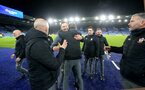 LEICESTER, ENGLAND - JANUARY 11: Ralph Hasenhuttl of Southampton celebrates with staff during the Premier League match between Leicester City and Southampton FC at The King Power Stadium on January 11, 2020 in Leicester, United Kingdom. (Photo by Matt Watson/Southampton FC via Getty Images)
