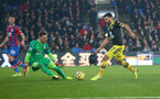 LONDON, ENGLAND - JANUARY 21: Shane Long of looks to go round the keeper during the Premier League match between Crystal Palace and Southampton FC at Selhurst Park on January 21, 2020 in London, United Kingdom. (Photo by Matt Watson/Southampton FC via Getty Images)