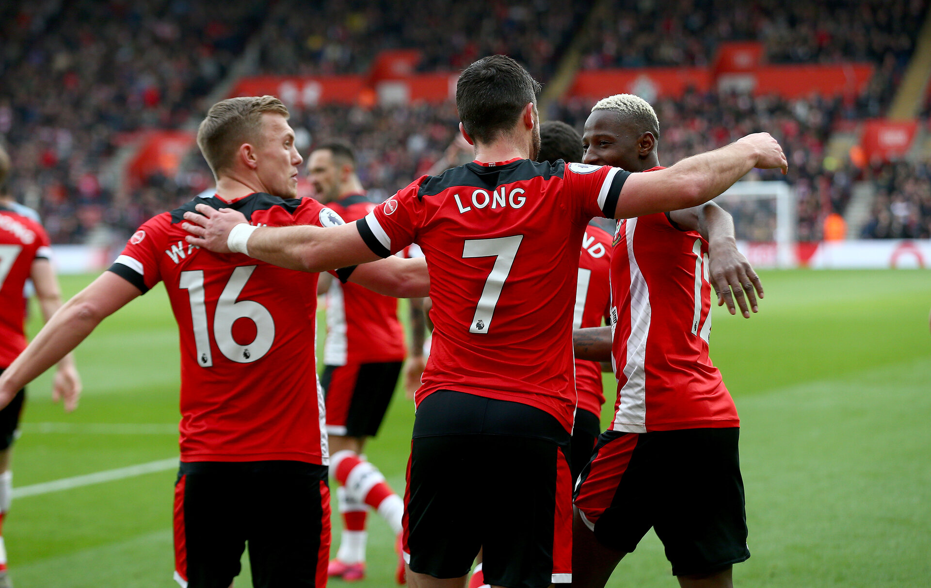 SOUTHAMPTON, ENGLAND - FEBRUARY 22: Shane Long(7) of Southampton celebrates with his team mates after opening the scoring during the Premier League match between Southampton FC and Aston Villa at St Mary's Stadium on February 22, 2020 in Southampton, United Kingdom. (Photo by Matt Watson/Southampton FC via Getty Images)