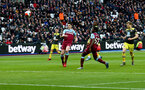 LONDON, ENGLAND - FEBRUARY 29: Michael Obafemi(centre) of Southampton scores during the Premier League match between West Ham United and Southampton FC at London Stadium on February 29, 2020 in London, United Kingdom. (Photo by Matt Watson/Southampton FC via Getty Images)