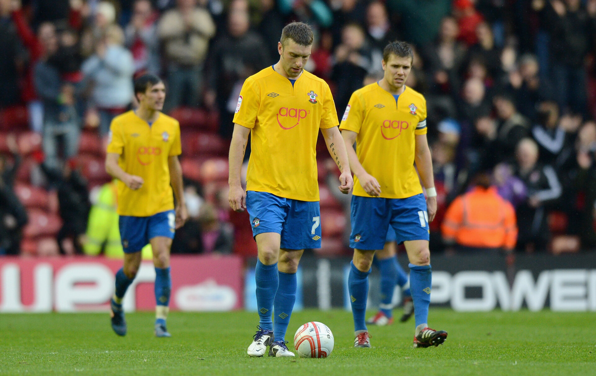 MIDDLESBROUGH, ENGLAND - APRIL 21:  Rickie Lambert and Dean Hammond of Southampton react after Middlesbrough's second goal during the npower Championship between Middlesbrough and Southampton at Riverside Stadium on April 21, 2012 in Middlesbrough, England.  (Photo by Gareth Copley/Getty Images)