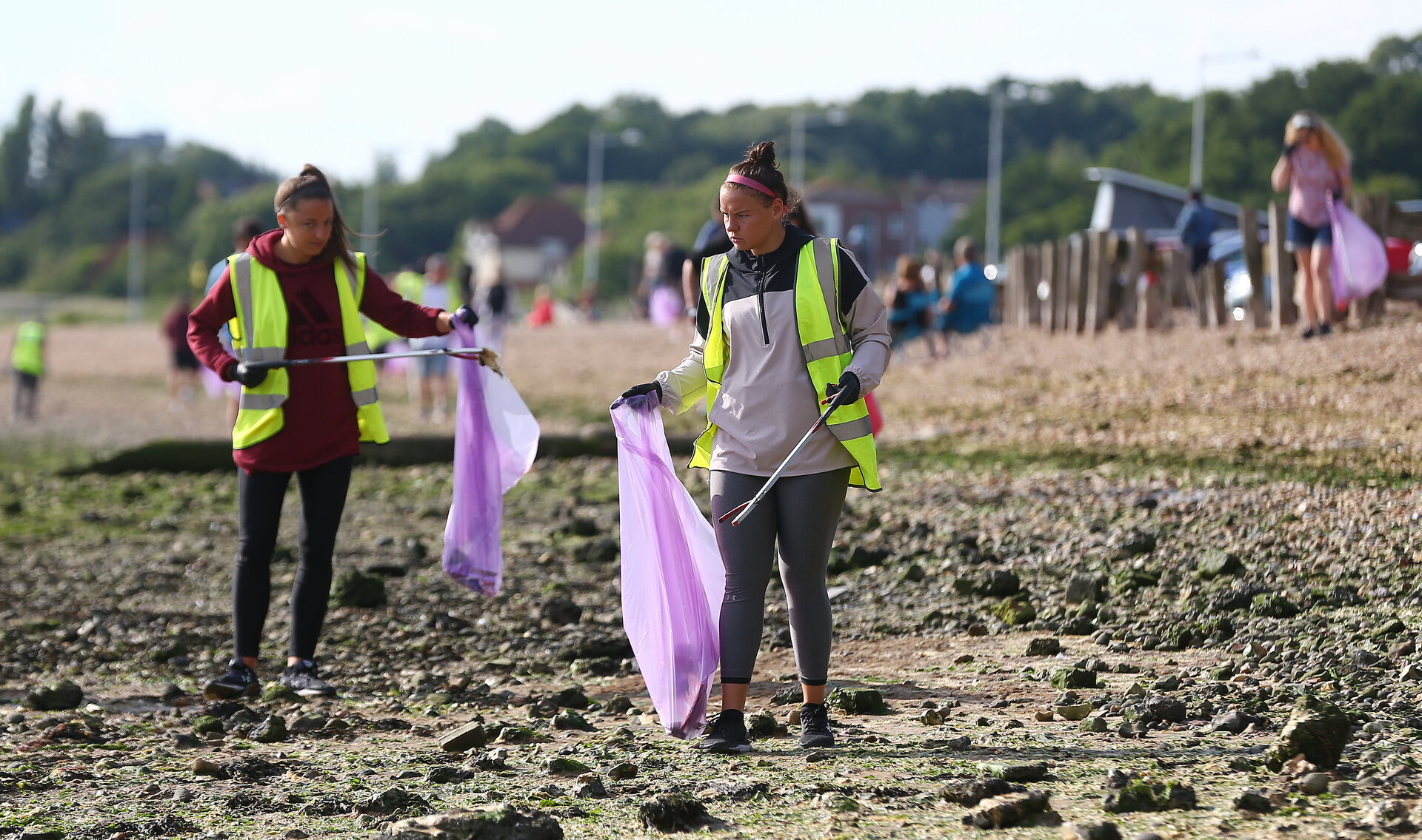 SOUTHAMPTON, ENGLAND - JUNE 17: Southampton FC staff participate in a beach clean at Weston Shore, on June 17, 2020 in Southampton, England. (Photo by Matt Watson/Southampton FC via Getty Images)