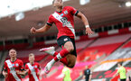 SOUTHAMPTON, ENGLAND - JULY 26: Che Adams' goal celebration during the Premier League match between Southampton FC and Sheffield United at St Mary's Stadium on April 17, 2020 in Southampton, United Kingdom. (Photo by Chris Moorhouse/Southampton FC via Getty Images)