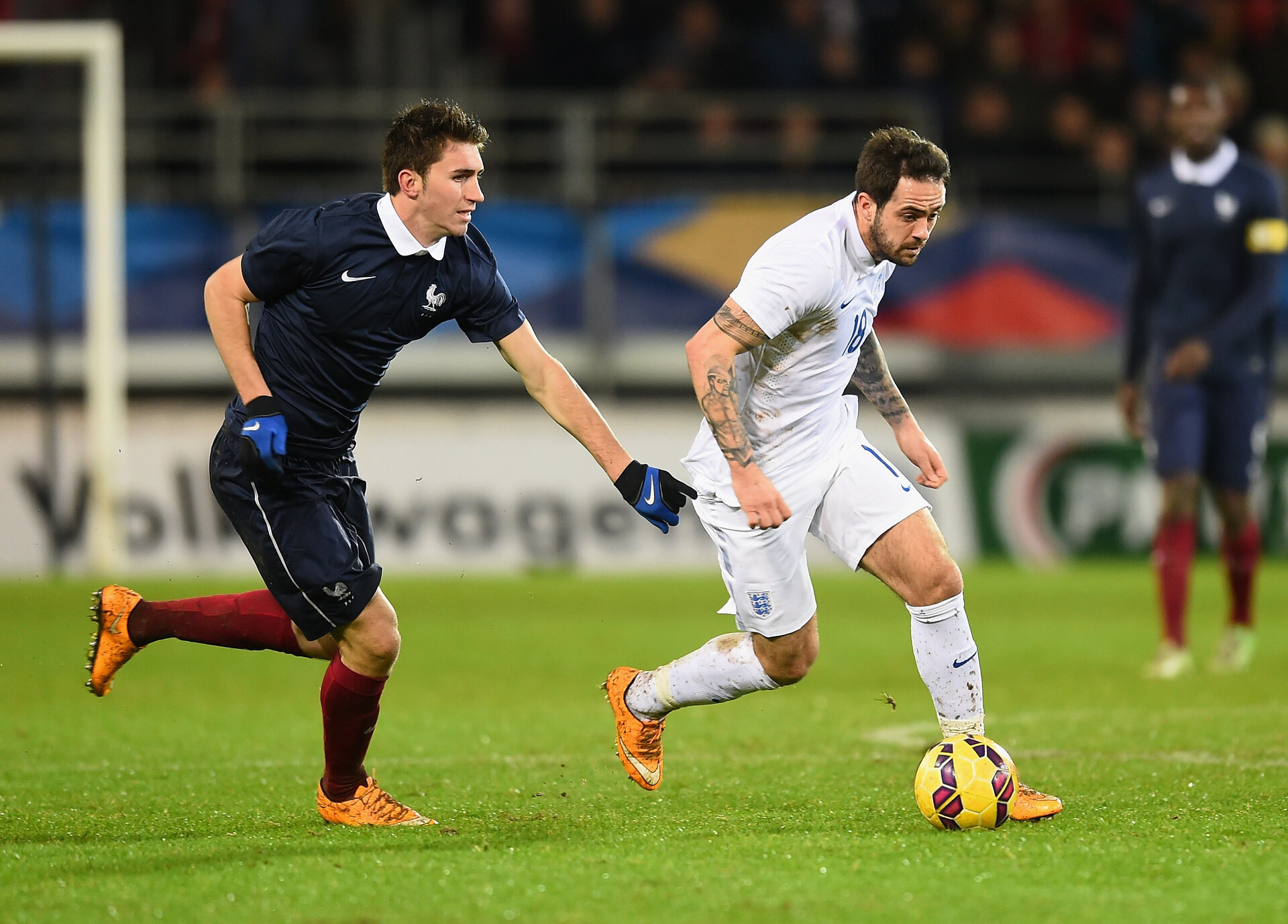 BREST, FRANCE - NOVEMBER 17:  Danny Ings of England gets away from Aymeric Laporte of France during the U21 International Friendly match between France and England at the Stade Francis Le Ble on November 17, 2014 in Brest, France.  (Photo by Christopher Lee/Getty Images)