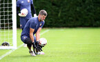 SOUTHAMPTON, ENGLAND - SEPTEMBER 24: Fraser Forster during a Southampton FC training session at the Staplewood Campus on September 24, 2020 in Southampton, England. (Photo by Matt Watson/Southampton FC via Getty Images)