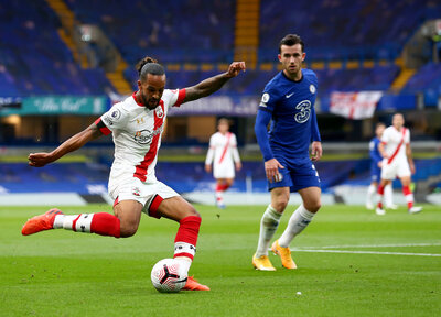 Walcott returns but Saints trio still sidelined