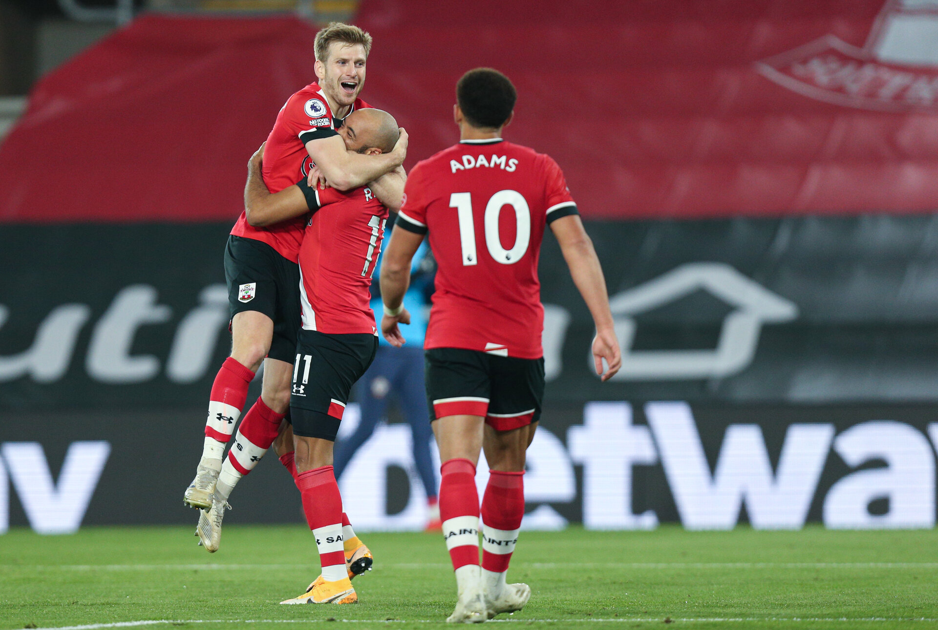 SOUTHAMPTON, ENGLAND - NOVEMBER 06: Stuart Armstrong's goal celebration  during the Premier League match between Southampton and Newcastle United at St Mary's Stadium on November 6, 2020 in Southampton, United Kingdom. Sporting stadiums around the UK remain under strict restrictions due to the Coronavirus Pandemic as Government social distancing laws prohibit fans inside venues resulting in games being played behind closed doors. (Photo by Chris Moorhouse/Southampton FC via Getty Images)
