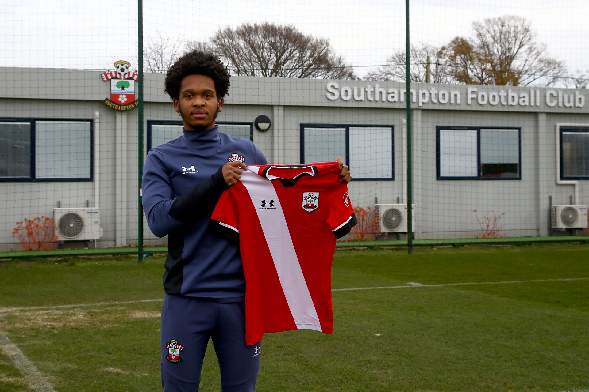 SOUTHAMPTON, ENGLAND - DECEMBER 09: Diamond Edwards signing his first professional contract photographed at Staplewood Training Ground on December 09, 2020 in Southampton, England. (Photo by Isabelle Field/Southampton FC via Getty Images)