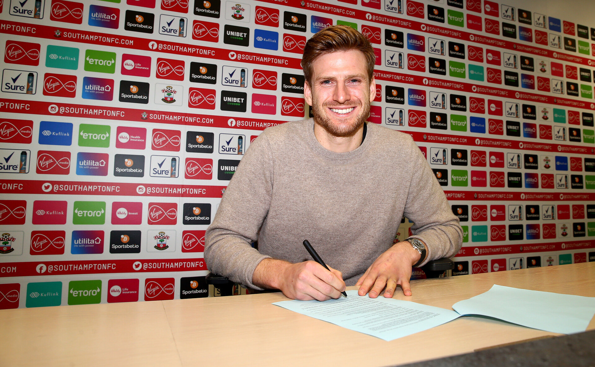 SOUTHAMPTON, ENGLAND - DECEMBER 30: Southampton FC's Stuart Armstrong signs a new contract to keep him at the club until 2024, pictured at the Staplewood Campus on December 30, 2020 in Southampton, England. (Photo by Matt Watson/Southampton FC via Getty Images)