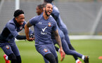 SOUTHAMPTON, ENGLAND - MARCH 24: Kyle Walker-Peters(L) and Theo Walcott during a Southampton FC training session at the Staplewood Campus on March 24, 2021 in Southampton, England. (Photo by Matt Watson/Southampton FC via Getty Images)