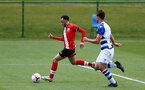 READING, ENGLAND - APRIL 27: Jayden Smith (L) of Southampton during the Premier League U18s match between Reading and Southampton U18s at Bearwood Park Training Ground on April 27, 2021 in Reading, England. (Photo by Isabelle Field/Southampton FC via Getty Images)