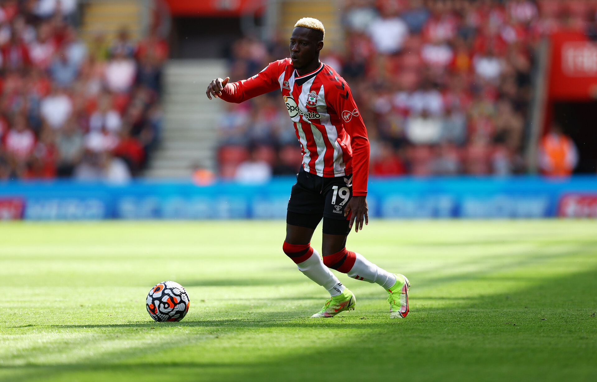 SOUTHAMPTON, ENGLAND - SEPTEMBER 11: Moussa Djenepo of Southampton during the Premier League match between Southampton  and  West Ham United at St Mary's Stadium on September 11, 2021 in Southampton, England. (Photo by Matt Watson/Southampton FC via Getty Images)