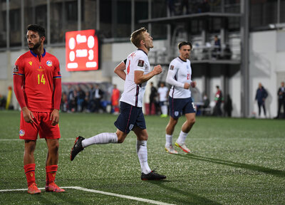 Ward-Prowse nets for England